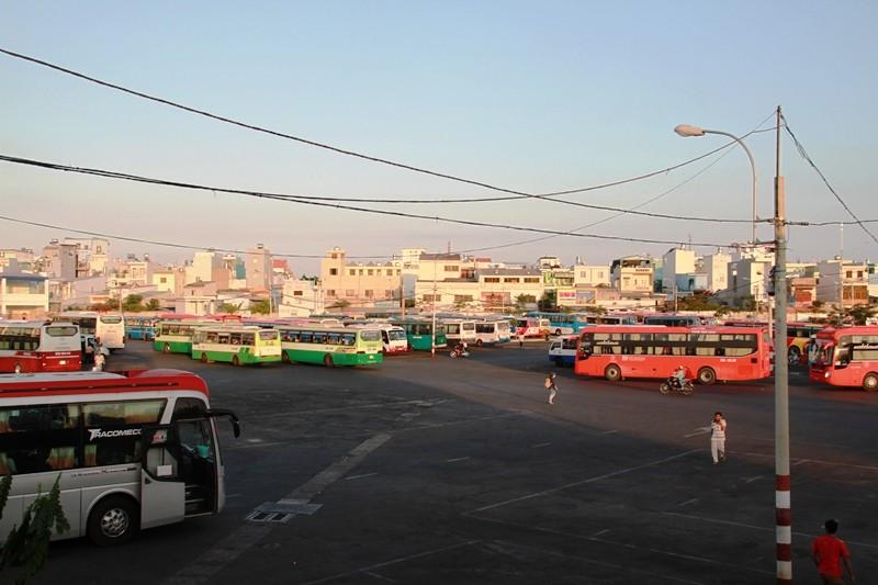 Ngày cuối đợt nghỉ tết, cửa ngõ về Sài Gòn thông thoáng - ảnh 16