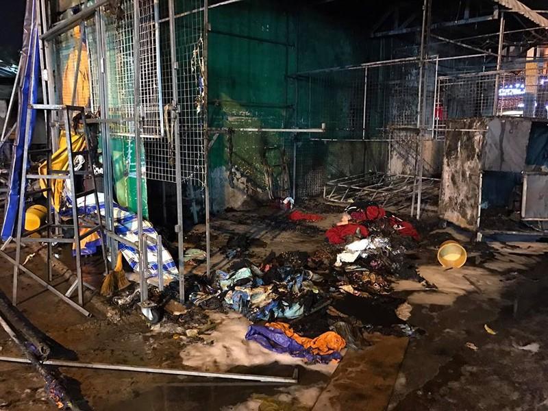 Cháy dữ dội cây xăng, hơn 30 xe máy bị thiêu rụi - ảnh 11