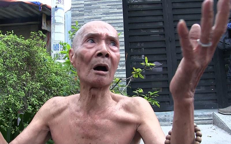 Cụ ông 69 tuổi dùng chăn dập lửa cứu căn nhà cháy - ảnh 2