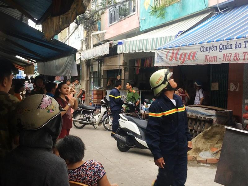 Cháy nhà gần chợ Võ Thành Trang, cụ bà 80 thoát nạn - ảnh 2