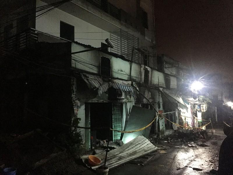 6 người thương vong trong vụ cháy nhà dân ở quận 9 - ảnh 3