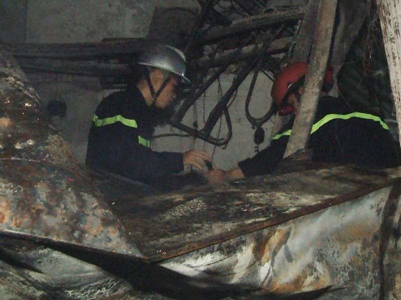 6 người thương vong trong vụ cháy nhà dân ở quận 9 - ảnh 4