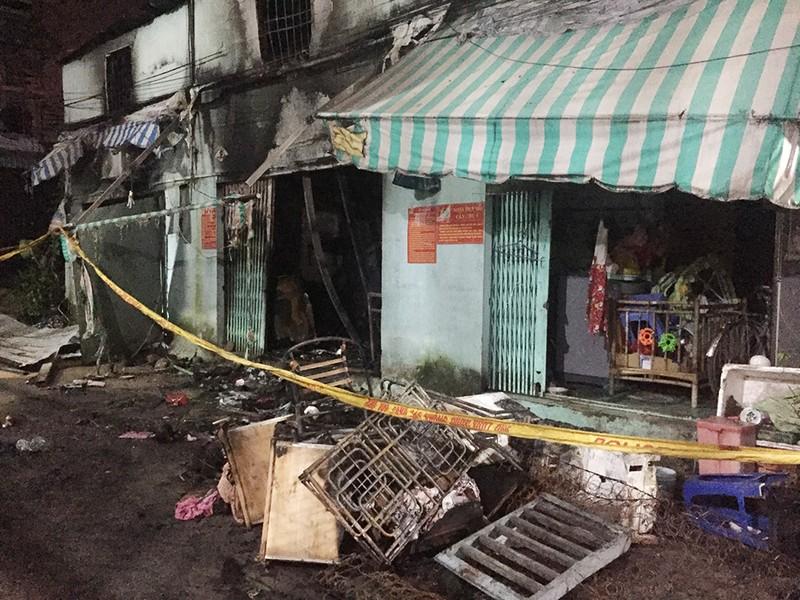 6 người thương vong trong vụ cháy nhà dân ở quận 9 - ảnh 1