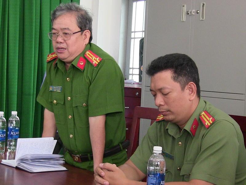 2 công an quận Tân Phú bị thương khi vây bắt băng trộm  - ảnh 2