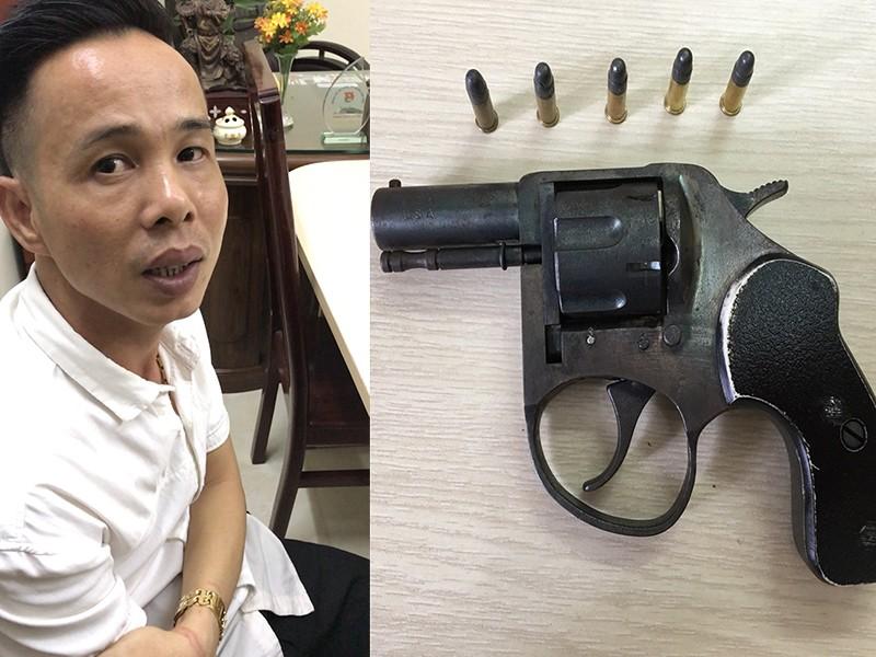 Ông chủ thủ súng ru lô điều hành ổ bạc ở quận Tân Phú - ảnh 2