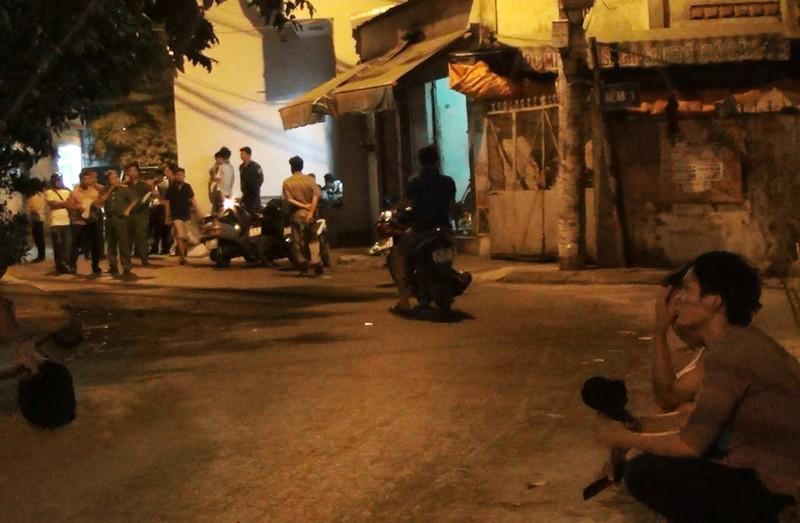 Xác định nguyên nhân vụ nổ súng trong đêm ở Tân Phú  - ảnh 1