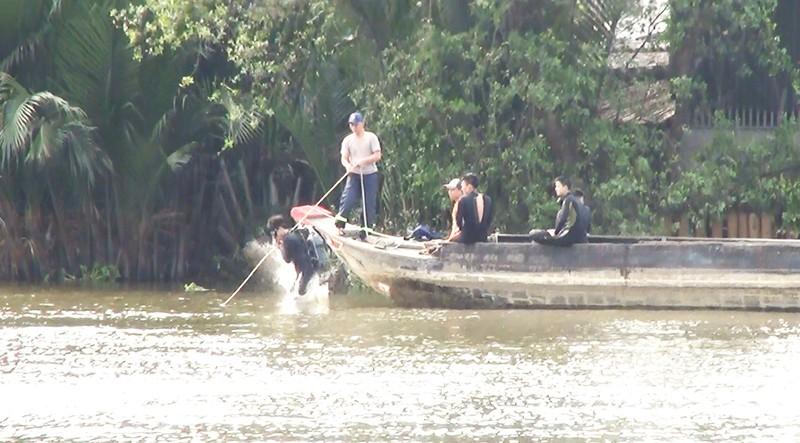Bơi sông Chợ Đệm hái bần, 1 người mất tích - ảnh 1