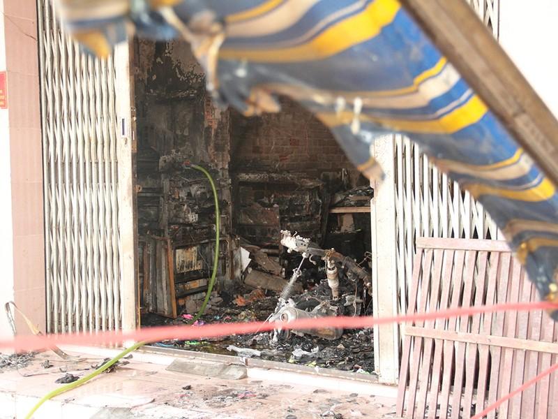 Cháy nhà 2 tầng ở Hóc Môn, bé 2 tuổi tử vong - ảnh 2