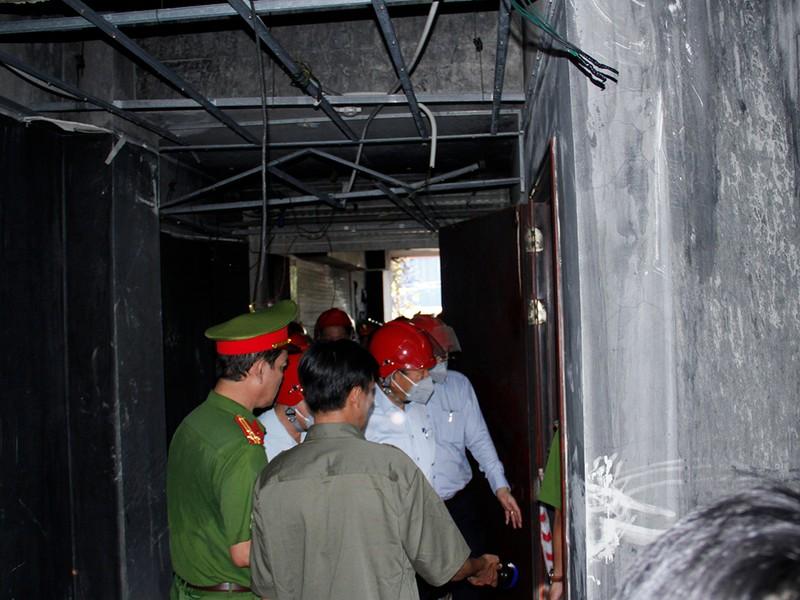 Củng cố hồ sơ khởi tố vụ cháy Carina 13 người tử vong - ảnh 2