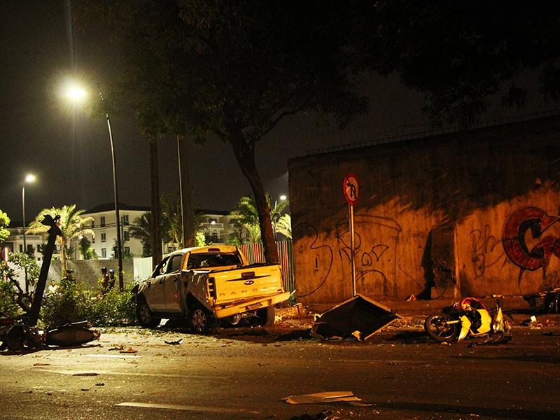 2 người chết, 5 người bị thương vụ tông xe hàng loạt ở quận 1 - ảnh 1