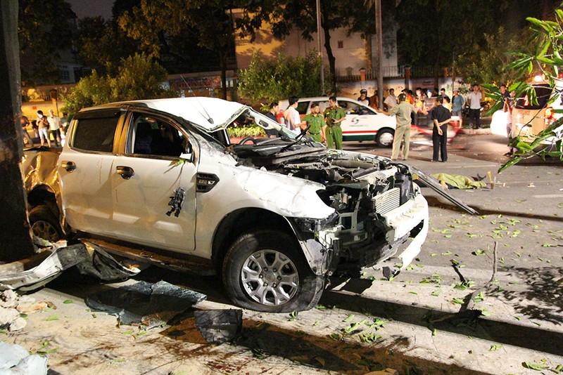 2 người chết, 5 người bị thương vụ tông xe hàng loạt ở quận 1 - ảnh 2