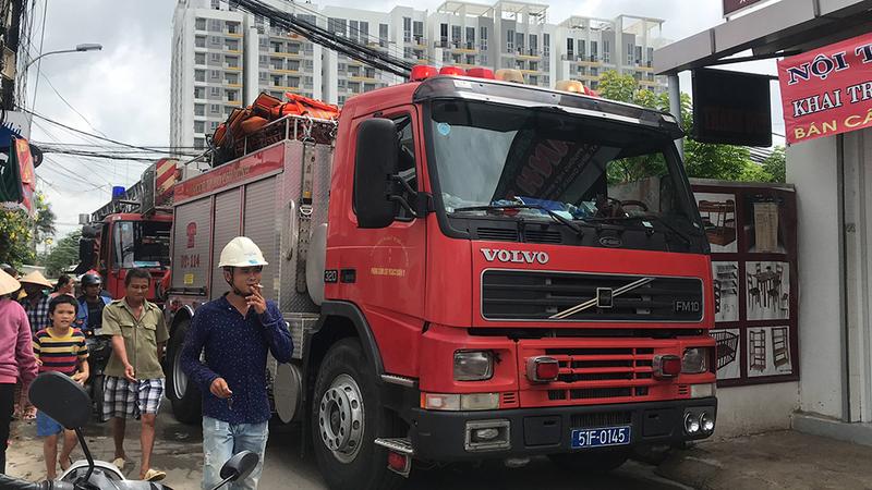 Quận Thủ Đức: Thanh niên ngáo đá khiến cả phường bị cắt điện - ảnh 2