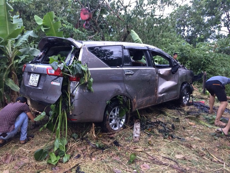 Tập lái ô tô tông chết người đang làm vườn ở Hóc Môn - ảnh 2