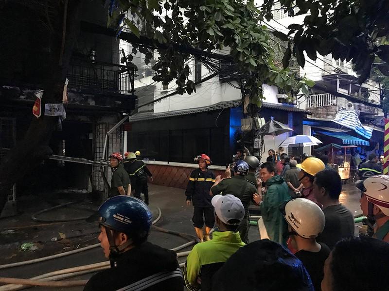 Cháy dữ dội ở 2 cơ sở sản xuất vào cùng buổi chiều ở TP.HCM - ảnh 3