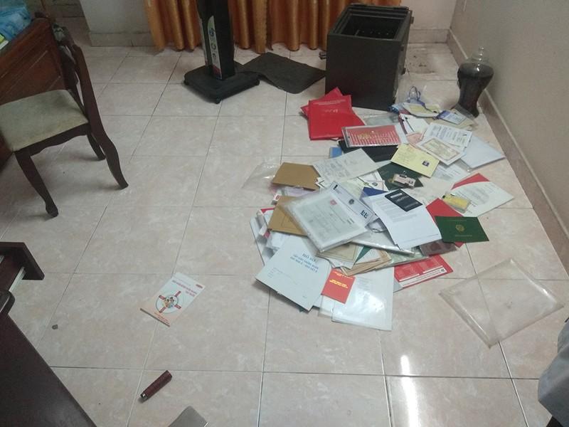 Trộm cầm hung khí lục tung ngôi nhà tìm tài sản ở quận 9 - ảnh 1