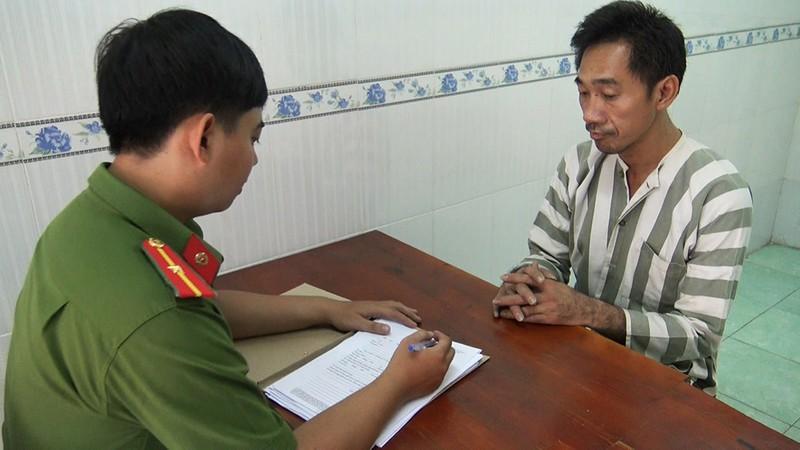 Người đàn ông quốc tịch Campuchia bị phát hiện cùng số lượng lớn ma túy trong khách sạn.
