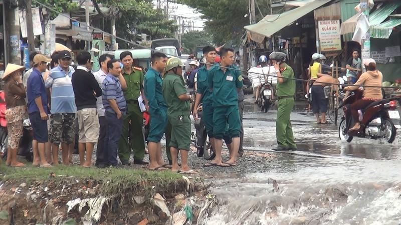 Tìm thấy thi thể nam sinh viên bị nước lũ cuốn ở Bình Tân - ảnh 2
