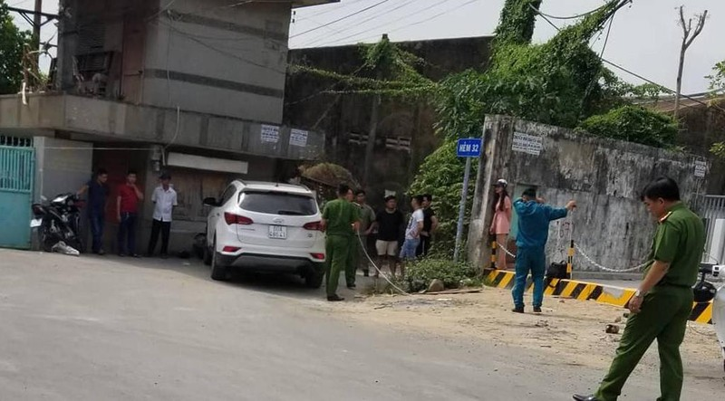 Cướp giật túi xách, 1 người chết sau khi đưa về trụ sở công an - ảnh 1