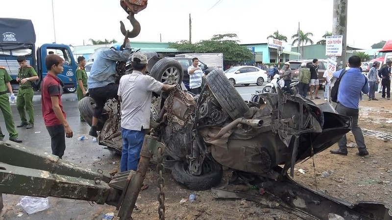 Tai nạn thảm khốc Tây Ninh: Tài xế xe ô tô tránh không kịp - ảnh 13