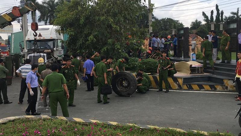 Tai nạn thảm khốc Tây Ninh: Tài xế xe ô tô tránh không kịp - ảnh 9