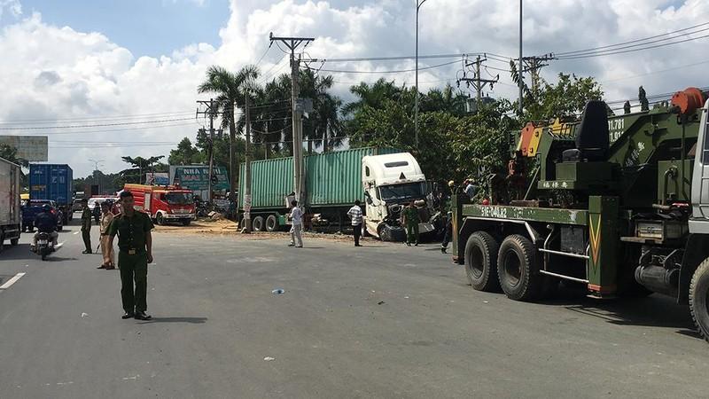 Tai nạn thảm khốc Tây Ninh: Tài xế xe ô tô tránh không kịp - ảnh 10