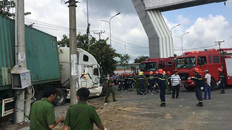Tai nạn thảm khốc Tây Ninh: Tài xế xe ô tô tránh không kịp - ảnh 3