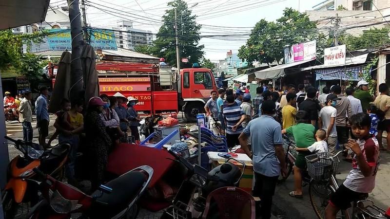 Cháy dữ dội dãy trọ ở Bình Tân - ảnh 3