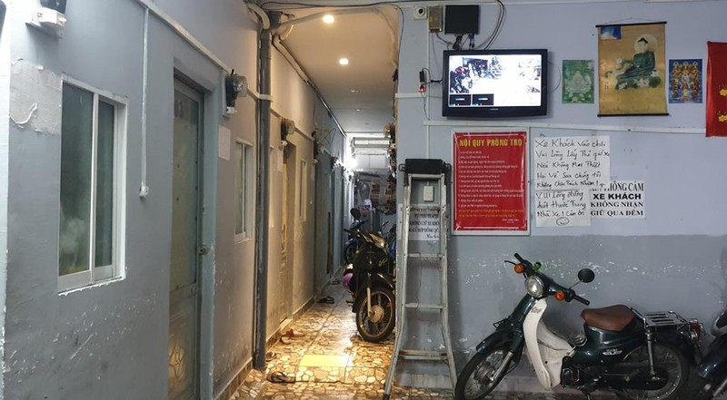 Thợ cắt tóc ở Phú Nhuận bóp cổ vợ tử vong sau cuộc gọi lạ - ảnh 1