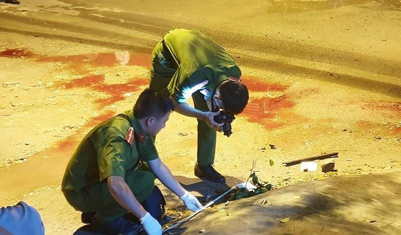 Hỗn chiến vì tiền ăn nhậu ở Bình Tân, 1 thiếu niên tử vong - ảnh 1