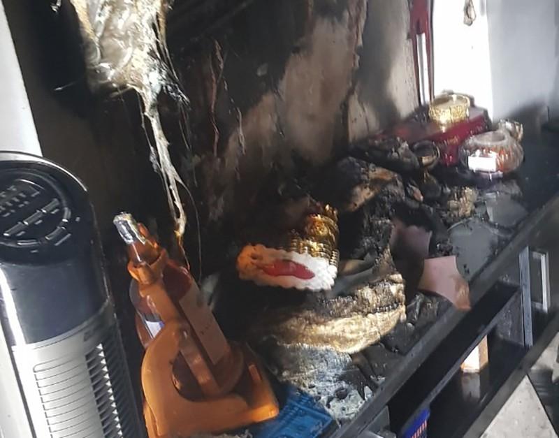Vụ cháy ở quận 5: Có thể do chập điện từ chiếc ti vi hư - ảnh 1