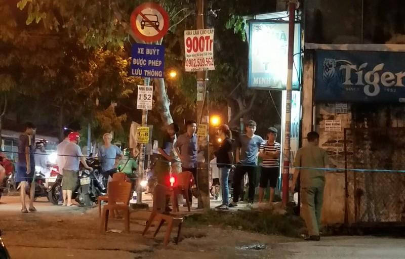 Hỗn chiến sau va quẹt, 2 người thương vong ở Bình Tân - ảnh 1
