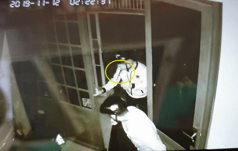 Nhóm trộm thủ dao bấm đột nhập nhà trọ lấy xe ở quận 6 - ảnh 2