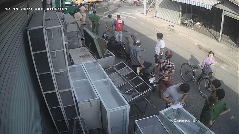 Thực hư thông tin cướp giật lao vào xe tải tử vong ở Tân Phú - ảnh 2