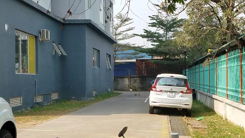 Rơi từ chung cư ở Bình Tân, một phụ nữ tử vong - ảnh 1