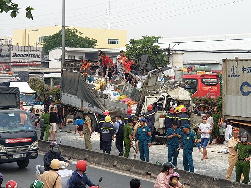 Hiện trường vụ tai nạn kinh hoàng làm 3 người tử vong ở cabin - ảnh 10