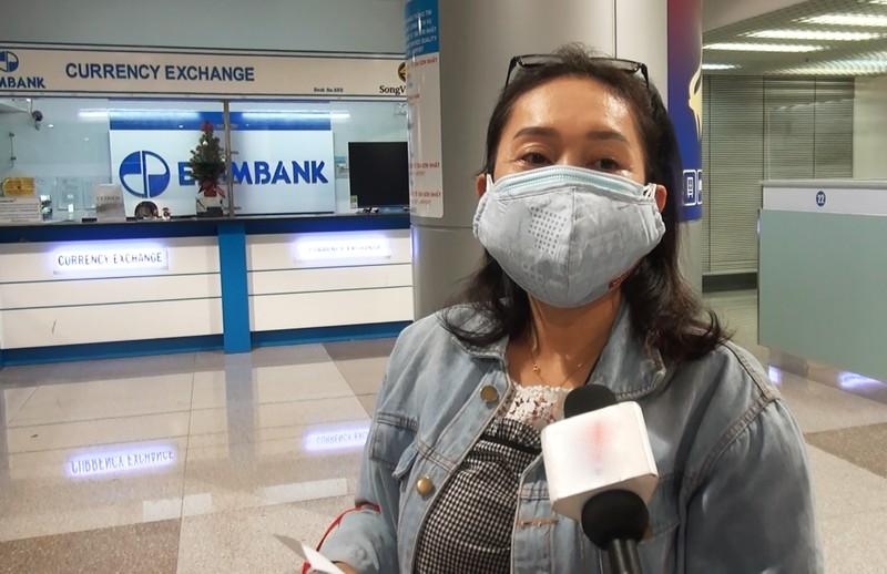 Người Việt mừng vui từ vùng dịch COVID-19 về nước   - ảnh 4