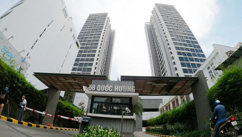 Phong tỏa chung cư cao cấp gần 1.000 dân ở Thảo Điền  - ảnh 1