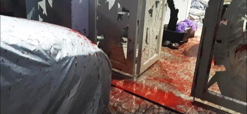 Điều tra nhóm tạt sơn, khủng bố để đòi nợ  - ảnh 4
