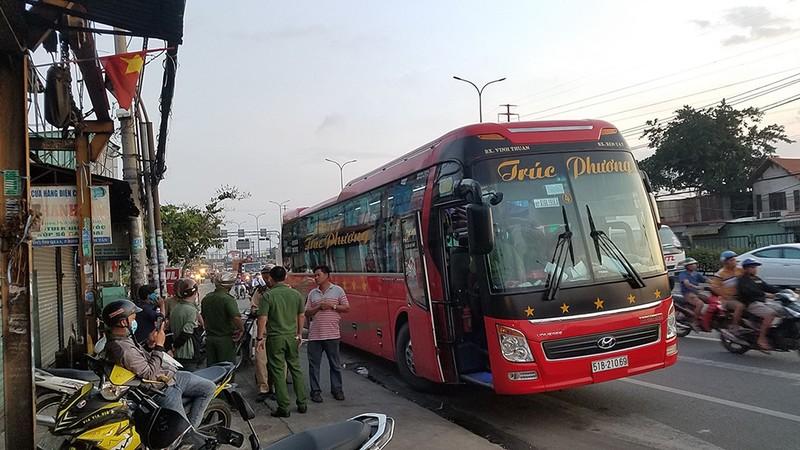 Thông tin vụ nghi bắt cóc di chuyển bằng xe khách ở Bình Tân - ảnh 1