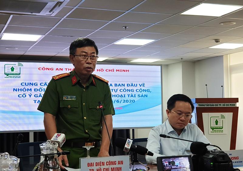 Tạm giữ 15 người nhóm phá quán ốc, diễu phố ở Bình Tân - ảnh 1