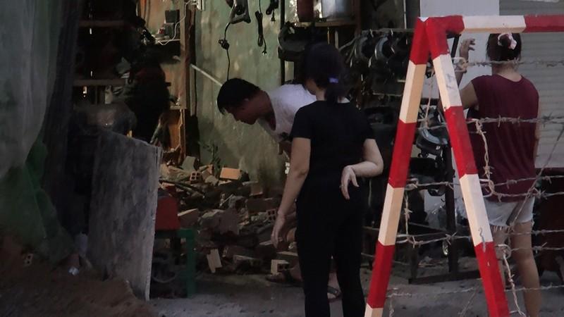 Quận Tân Bình: 'Gió thổi đổ gạch' ở công trình đang xây dựng - ảnh 3