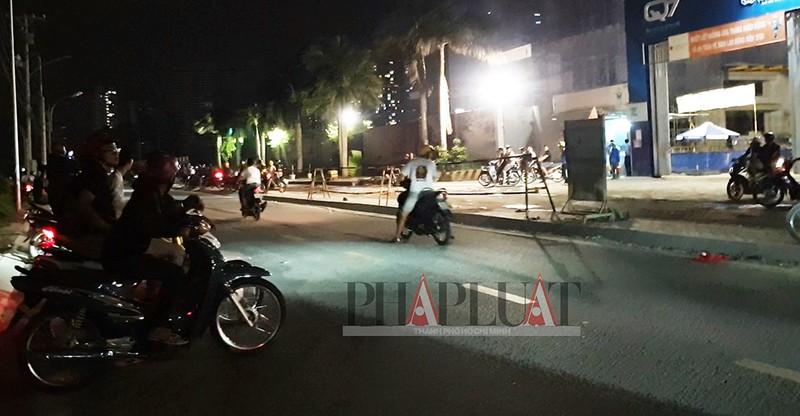 TP.HCM: Nhiều 'quái xế' tụ họp quậy trên đường phố  - ảnh 3
