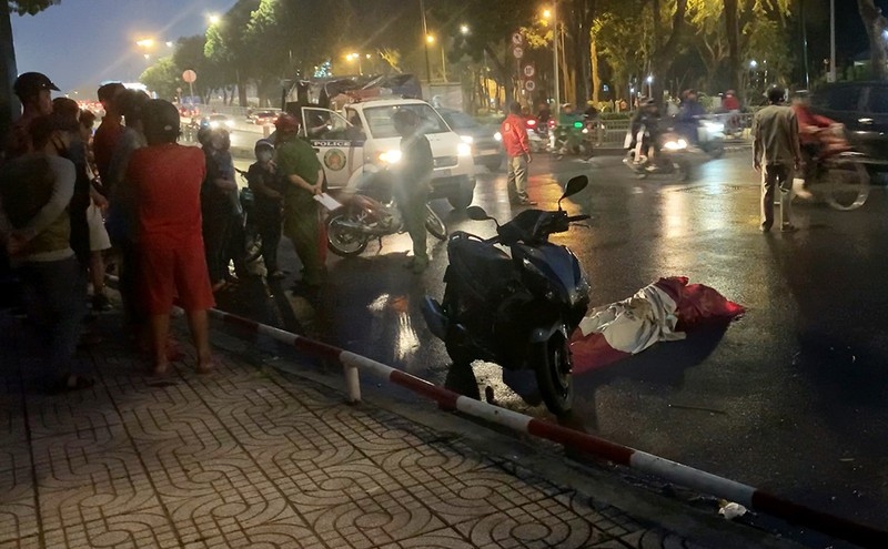 Gò Vấp: Người đàn ông đang chạy xe, bất ngờ gục xuống tử vong - ảnh 1