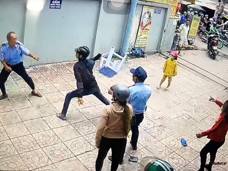 Tình tiết bất ngờ vụ bảo vệ bị chém nhập viện ở Bình Tân - ảnh 3
