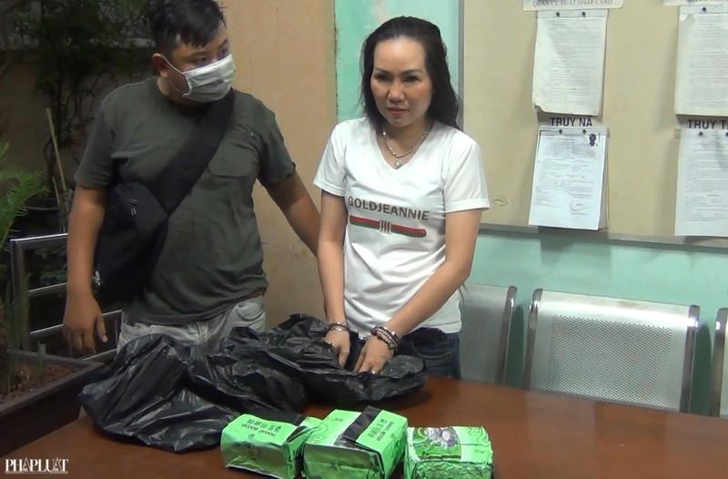 1 phụ nữ Việt cùng chồng Nigeria buôn ma túy ở TP.HCM - ảnh 1