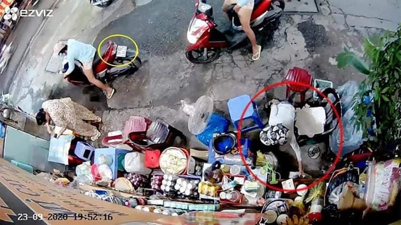 Bắt người phụ nữ đưa trẻ em đi trộm tiền ở quận 3 - ảnh 3