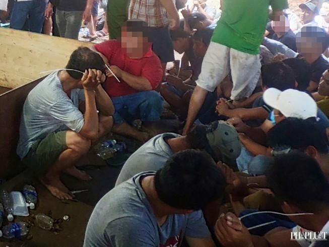 Tạm giam 43 người vụ sới gà khủng đường Võ Văn Kiệt - ảnh 1
