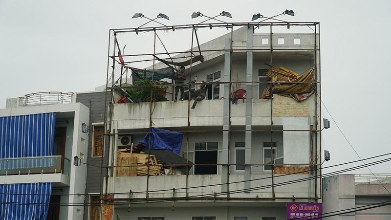 Những hình ảnh ở Quy Nhơn trước đêm bão số 9  - ảnh 5
