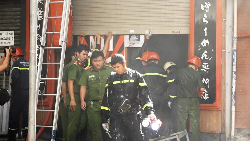 Điều tra vụ cháy nhà hàng ở quận 1, TP.HCM - ảnh 2