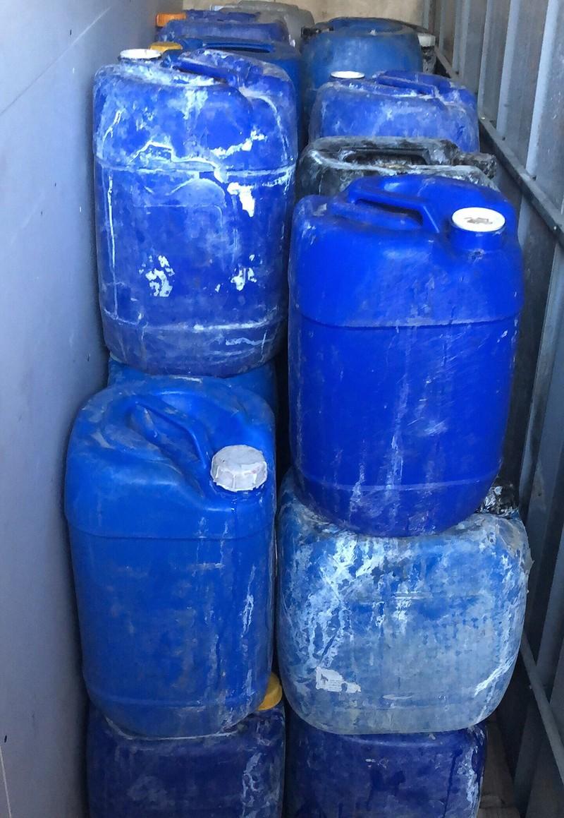 Phát hiện 1,8 tấn thịt ốc ngâm hóa chất chuẩn bị bán - ảnh 3